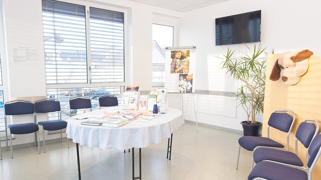 Hausarztpraxis Rheinstraße in Nastätten - Wartezimmer unserer Praxis