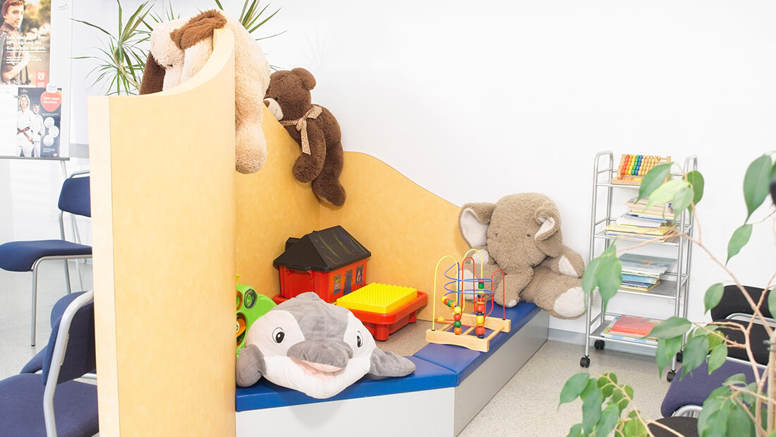 Hausarztpraxis Rheinstraße in Nastätten - Spielecke in unserer Praxis